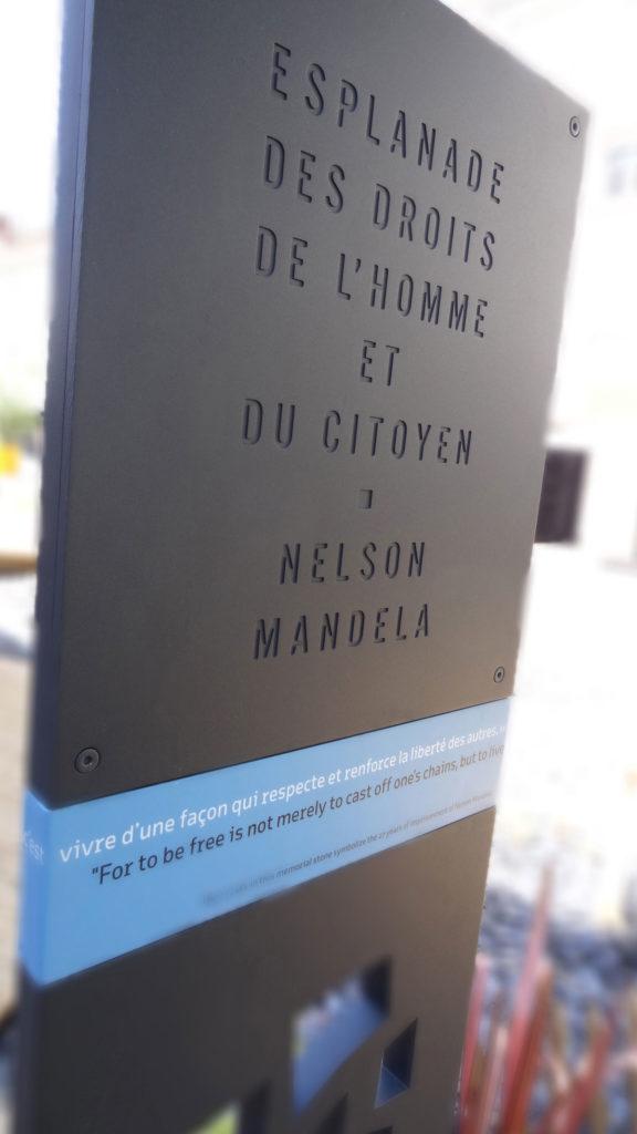 Nelson Mandela plaque dos